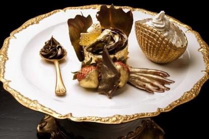 Bloomsbury's Golden Phoenix Cupcake