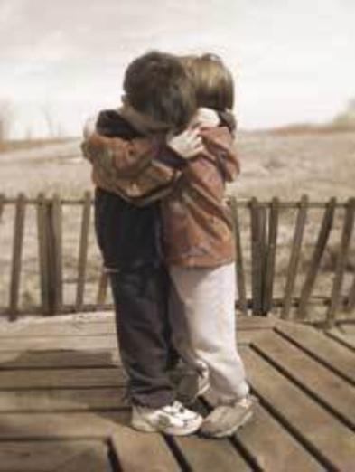 Children_Hugging_3071