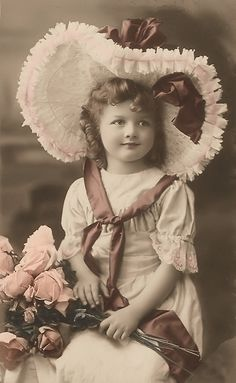 little-girl-hat-and-roses